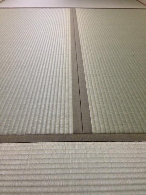 素材の良さを引き立てる、シンプルで素敵な畳縁